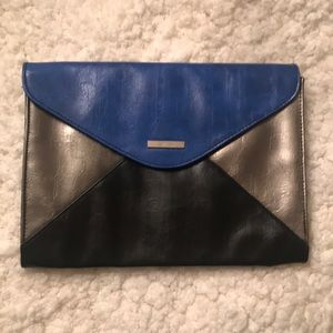 Kenneth Cole Reaction Large Clutch